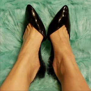 Old navy Pointed Toe flats